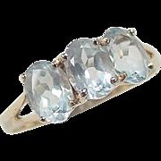 Vintage 10k Gold Three Stone 2.25 ctw Aquamarine Ring
