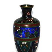 Japanese cloisonne (cloisonné) vase with ginbari elements