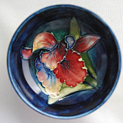 SALE Small Moorcroft bowl – orchid pattern