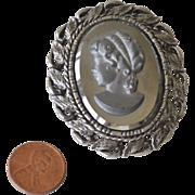Hefty Pin Pendant Necklace Grey Glass Cameo
