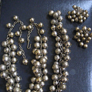 Beaded Vintage Necklace Bracelet & Clip Earrings