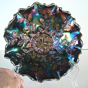 SOLD FREE U.S. SHIPPING Vintage Fenton Ruffled Edge Bowl Holly Design Carnival Glass Peacock C