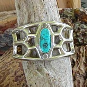 Large Sterling Vintage Native American Navajo Cuff Bracelet Turquoise Corn Flower