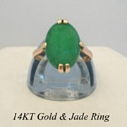 SOLD Lovely Vintage Estate 14KT Yellow Gold & Jade Ring Hallmarked