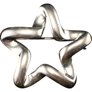 Unique Puffy Sterling Star Brooch Pin