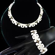 Unique Chunky Retro Monet White Lucite Necklace and Bracelet