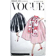 Apron Skirt Pattern, Vogue 9243, Unused, Factory Folded, Vintage 1957, Waist Size 26 Inch, ...