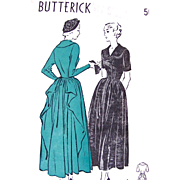 Butterick 4744, Misses Cascade Drape Dress, Vintage 1940s, Unprinted Pattern, Size 16, Factory