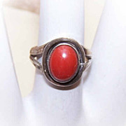 60s Native American STERLING SILVER & Coral Ring!