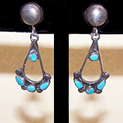 Vintage ZUNI Native American Sterling Silver & Turquoise Earrings!