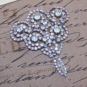 Stunning VINTAGE Costume Silver Tone Pin/Brooch - White Rhinestones with Drops!