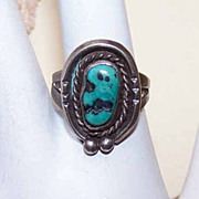 Vintage Native American STERLING SILVER & Natural Turquoise Ring!