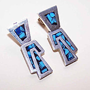 Vintage MEXICAN Sterling Silver & Crushed Turquoise Drop Earrings!
