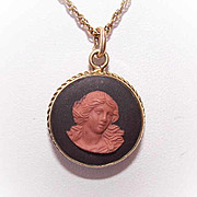 ANTIQUE VICTORIAN 9K Gold & Double Sided Wedgwood Fob Charm/Pendant!