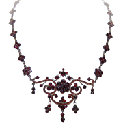ANTIQUE VICTORIAN Bohemian Garnet & Silver Gilt Necklace!