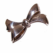 Vintage STERLING SILVER Pin/Brooch - Shape of a Bow!