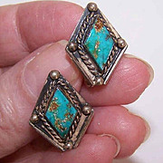 Vintage STERLING SILVER & Turquoise Native American Earrings!