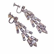 Stunning VINTAGE White Rhinestone Drop Earrings!