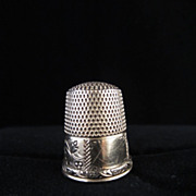 14k Yellow Gold Engraved Thimble