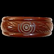 Art Deco Carved Red Brown Bakelite Bangle Bracelet