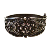 Mexican Taxco 980 Sterling Ornate Floral Bracelet