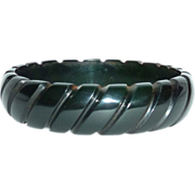 Carved Dark Green Prystal Bakelite Rope Bangle Bracelet