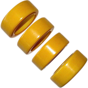 Set of 4 Creamed Corn Bakelite Napkin Rings
