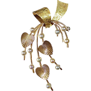 Krementz 14k Gold Overlay Cultured Pearl Pin w Hearts