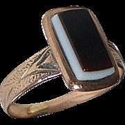 Antique 10k Rose Gold Baby Ring w Sardonyx