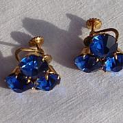 SALE Vintage Screw Back Sapphire Blue Rhinestone Earrings