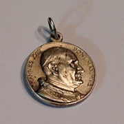 REDUCED Vintage Silver Tone Metal Pope John XXIII Medal