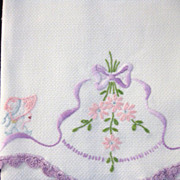Vintage Sunbonnet Girls Huck Hand Towel with Embroidery & Crochet