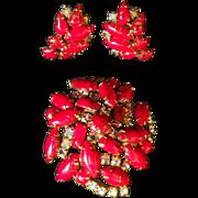 Vintage Gorgeous Variegated Red Rhinestone Demi Parure - Brooch & Earrings