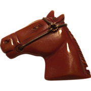 SALE Vintage Bakelite Carved Horse Head Pin with Glass Eye  Caramel – Toffee Color