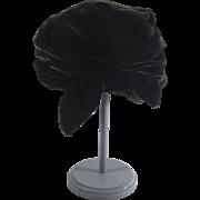 Vintage Clouch Turban Deep Chocolate Ladies Dress Hat  1940s