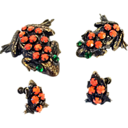 SALE Art Deco Frog Family Scatter Pin Brooch Set & Earrings