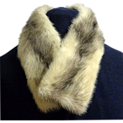 White Black Tipped Mink Collar.  Gorgeous.  Mint Condition.