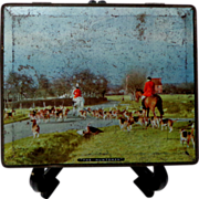 1939- 1945 Sharpe & Sons Toffee Tin.  Title: The Huntsmen.