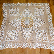 SALE Hand Made Crocheted   Bridge Cloth / Luncheon cloth /  Tablecloth.  Exquisite!   Mint con