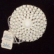 Weiss Original with Tags Card White Japanned Back Brooch Pin