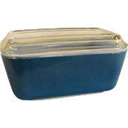 Vintage Pyrex Blue 502-B Refrigerator Dish with Glass Lid