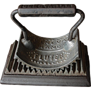 Cast Iron Geneva Hand Fluter Fluting Iron