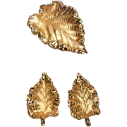 Vintage Lovely Gold-tone Leaf Pin Set - Napier- Pat. Pend