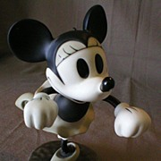 Walt Disney Classic Collection - Minnie Mouse - Bisque Sculpture