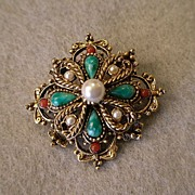"""Art"" or ""Mode-Art"" Classic Style Brooch Of Gold-Tone w/Faux Pearls & Colo"
