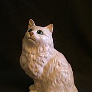 Royal Doulton DA126 White Persian Cat, Seated Figurine