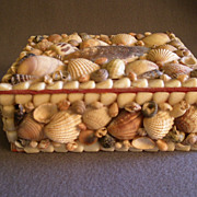 Vintage Folk Art Seashell Trinket/Jewelry Box