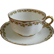 """Set of 4 Haviland & Co. Limoges """"Red Flowers & Green Leaves"""" Pattern Cups & Saucers"""