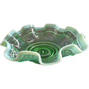 """Jefferson Glass """"Astro"""" Pattern Green Opalescent Fluted Bowl"""