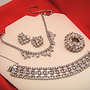 SHERMAN Full Parure Rhinestone Bracelet Earrings Brooch Necklace Set